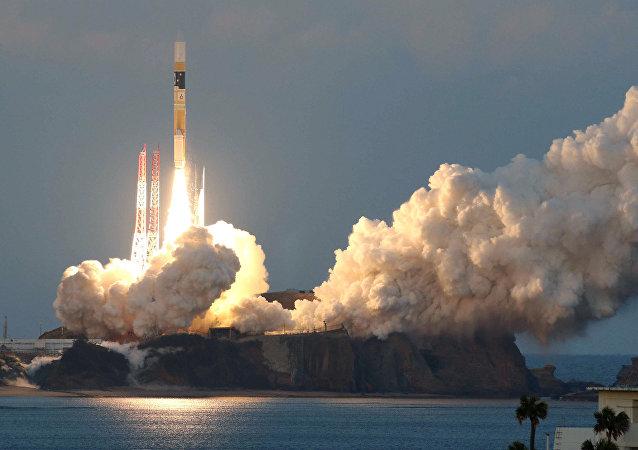 Lanzamiento del cohete japonés H2A con un satélite astronómico Astro-H