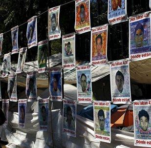 Fotos de los 43 estudiantes de la escuela de maestros rurales de Ayotzinapa desaparecidos el 27 de septiembre de 2014