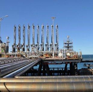 Extracción de hidrocarburos (imagen referencial)