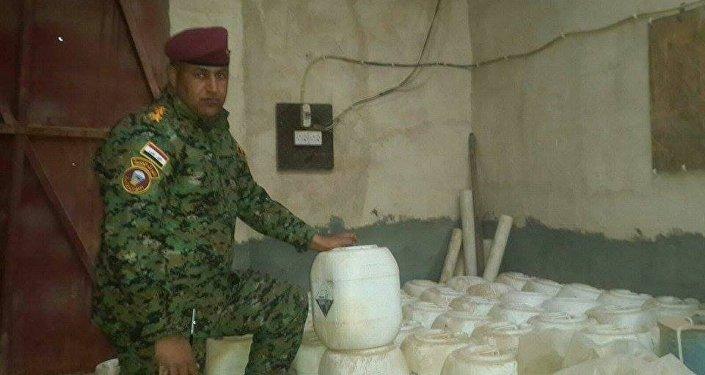 Almacén de armas químicas de Daesh en Ramadi, Irak