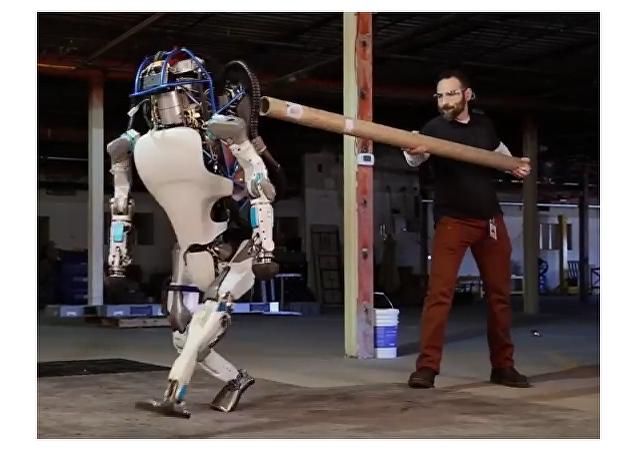 El robot humanoide Atlas, víctima de violencia por sus propios diseñadores