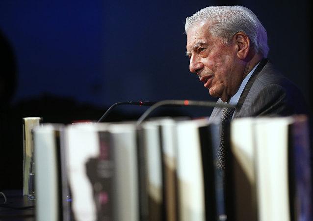 Mario Vargas Llosa, escritor peruano (archivo)
