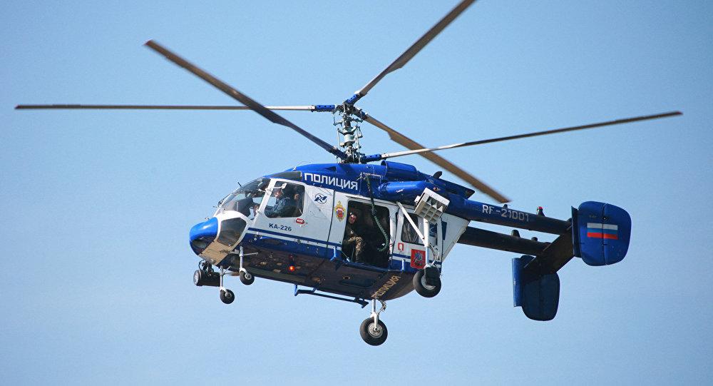 Al menos dos personas mueren al estrellarse un helic ptero for Ministerio de relaciones interiores espana