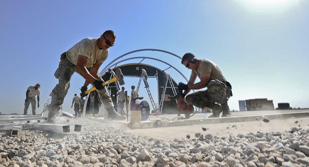 Obras en la base aérea de Diyarbakir en el marco de la operación de EEUU en Siria y Irak