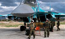 Pilotos rusos en la base aérea de Hmeymim en Siria
