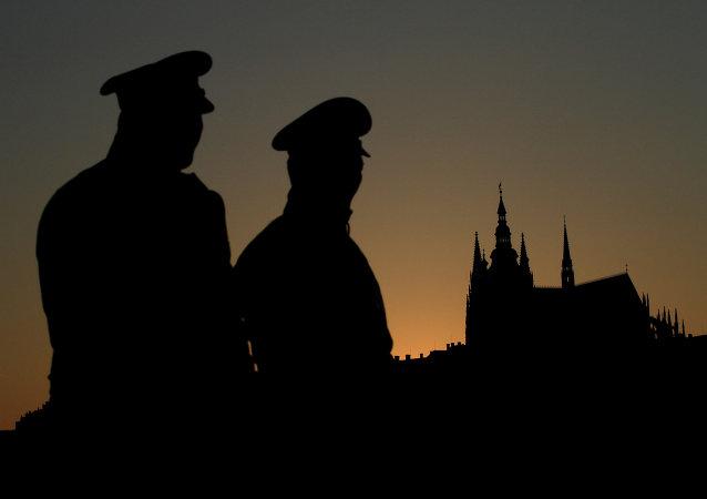 La Policía checa