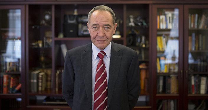 Mijaíl Lesin, exministro de comunicaciones de Rusia (archivo)