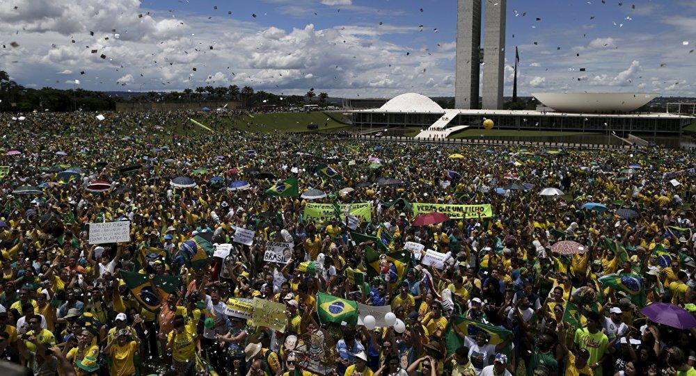 Protestas en Brasil contra la presidenta del país, Dilma Rousseff