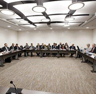 Consultas intersirias en Ginebra (archivo)