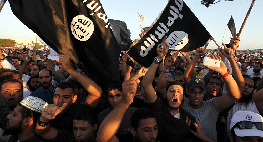 Banderas de Daesh (archivo)