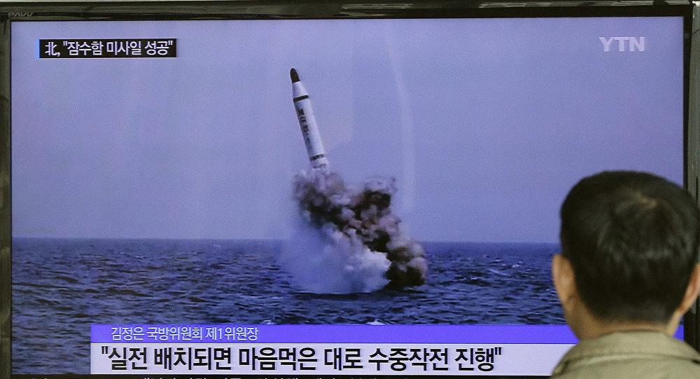 Corea del Norte ensaya misiles balísticos (archivo)