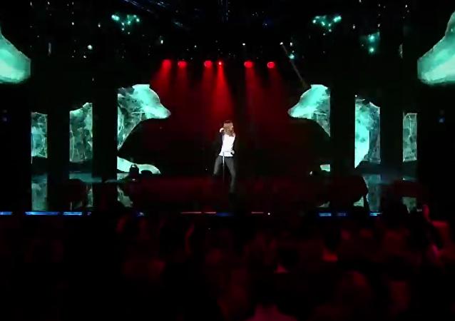 Captura de la pantalla del vídeoclip de IVAN