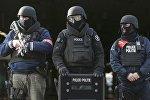 Policías belgas en Bruselas