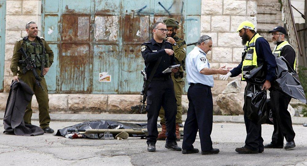 Las fuerzas de seguridad  israelíes en el lugar del accidente
