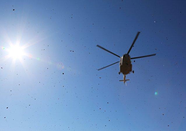 Mi-8 en la región del Amur durante los ensayos del Ministerio de Emergencia (archivo)
