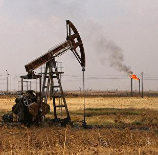 La extracción de petróleo en el noreste de Siria