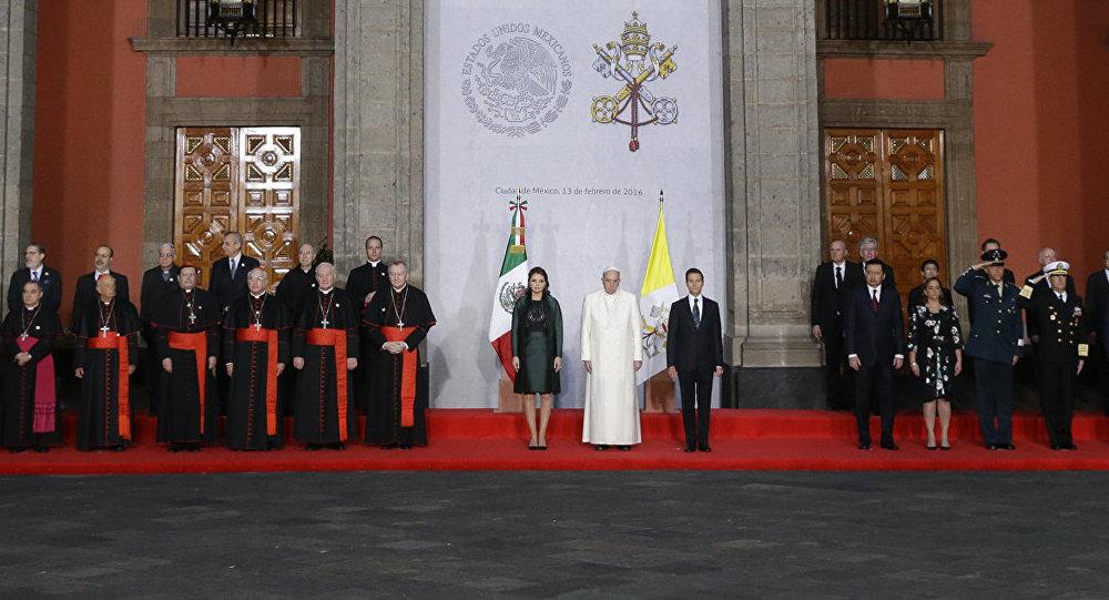 Papa Francisco en el Palacio Nacional en México