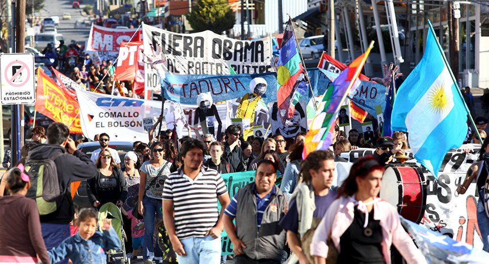 Argentinos en marcha por 40 aniversario del golpe rechazan visita de Obama