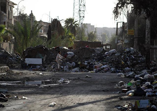 Edificios destruidos en Deir Ezzor, Siria