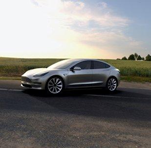 Un coche eléctrico Tesla