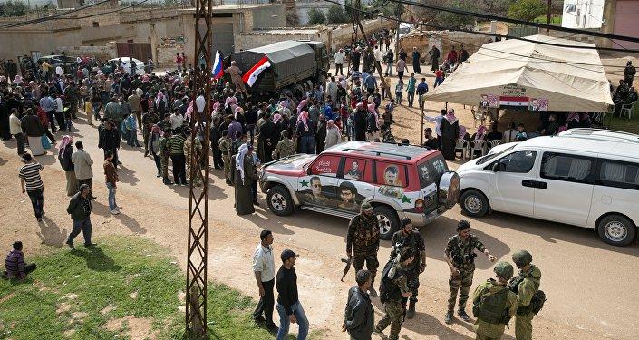 Entrega de ayuda humanitaria en Hama
