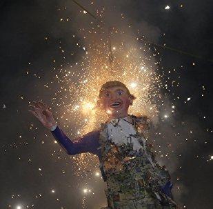 Mexicanos queman una efigie de Donald Trump (archivo)