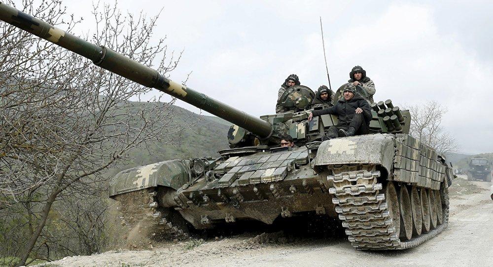 Resultado de imagen de tanques rusos en armenia