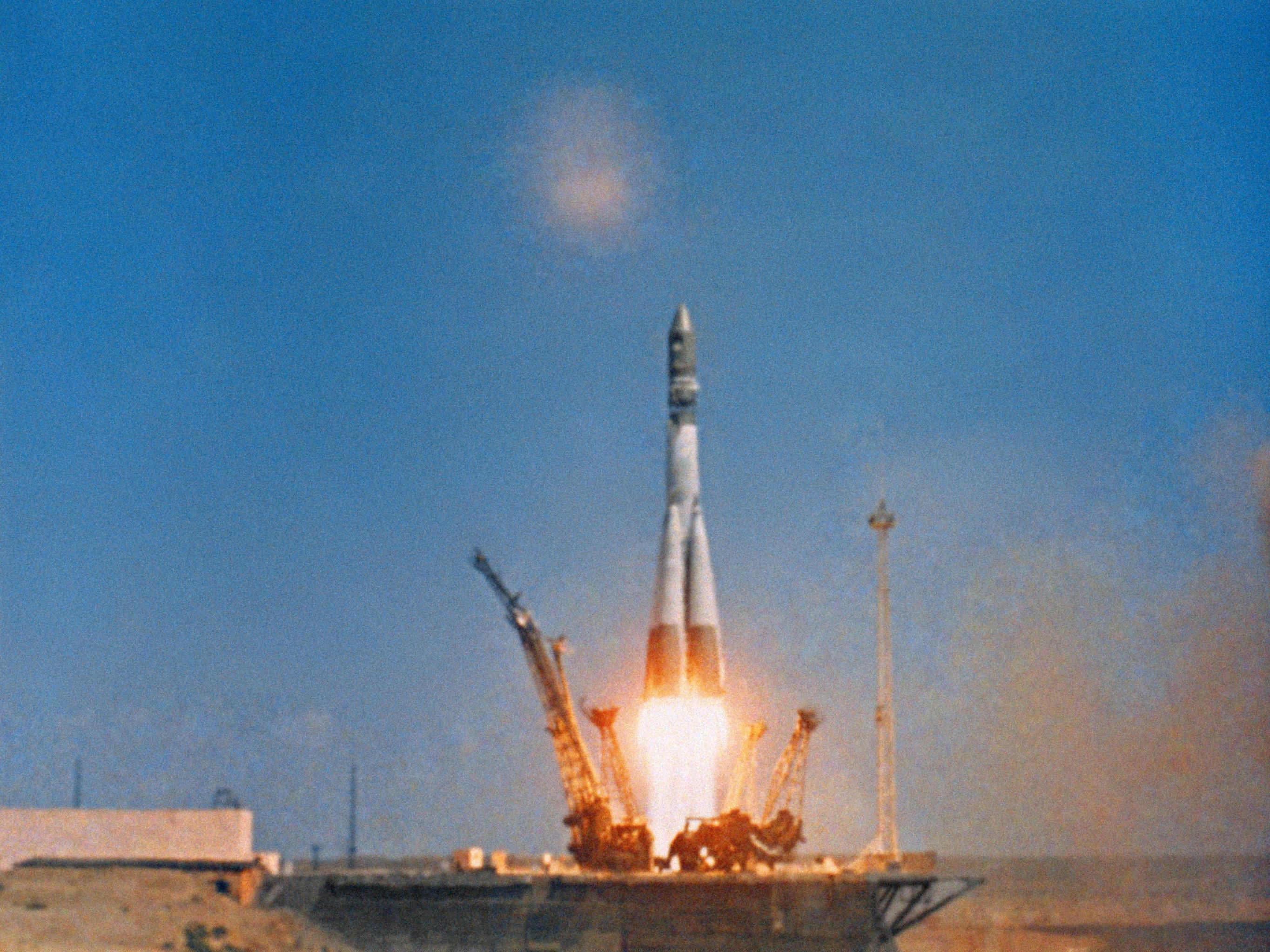 El lanzamiento de la nave espacial Vostok-1