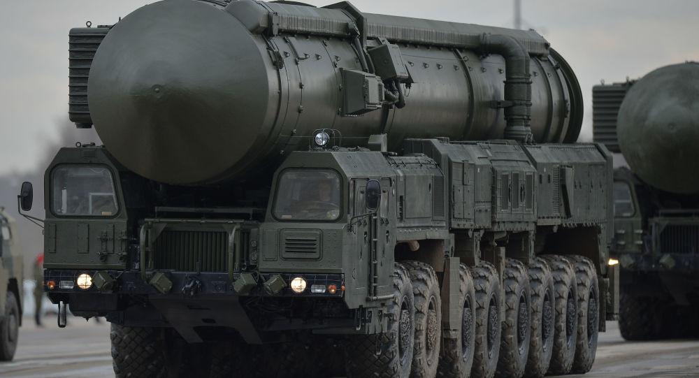 Rusia lanza misil tipo Yars — Afilan sus garras