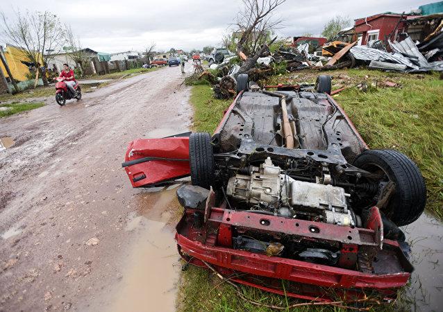 Consecuencias del tornado en Dolores, Uruguay