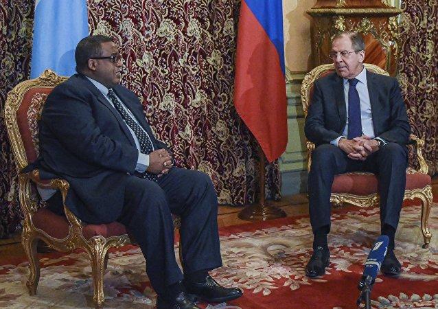 La reunión del Ministro de Asuntos Exteriores de Rusia Serguéi Lavrov con el primer ministro de Somalia Omar Shermarke en Moscú