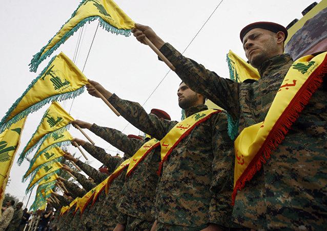 Militares del grupo chií libanés Hizbulá