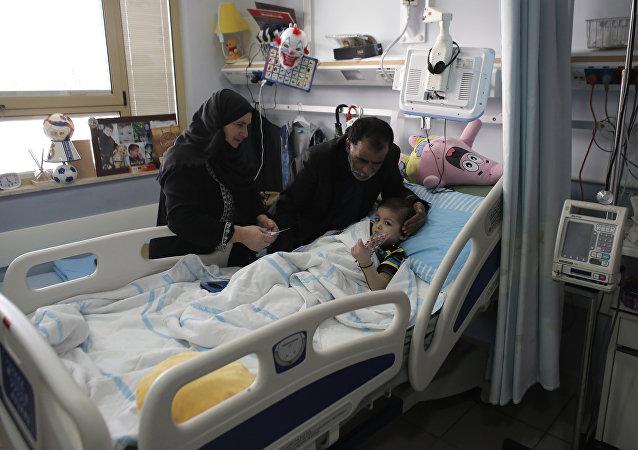 Ahmed Dawabsha, uno de los palestinos heridos en los ataques de los colonos israelíes en el pueblo de Duma, Cisjordania