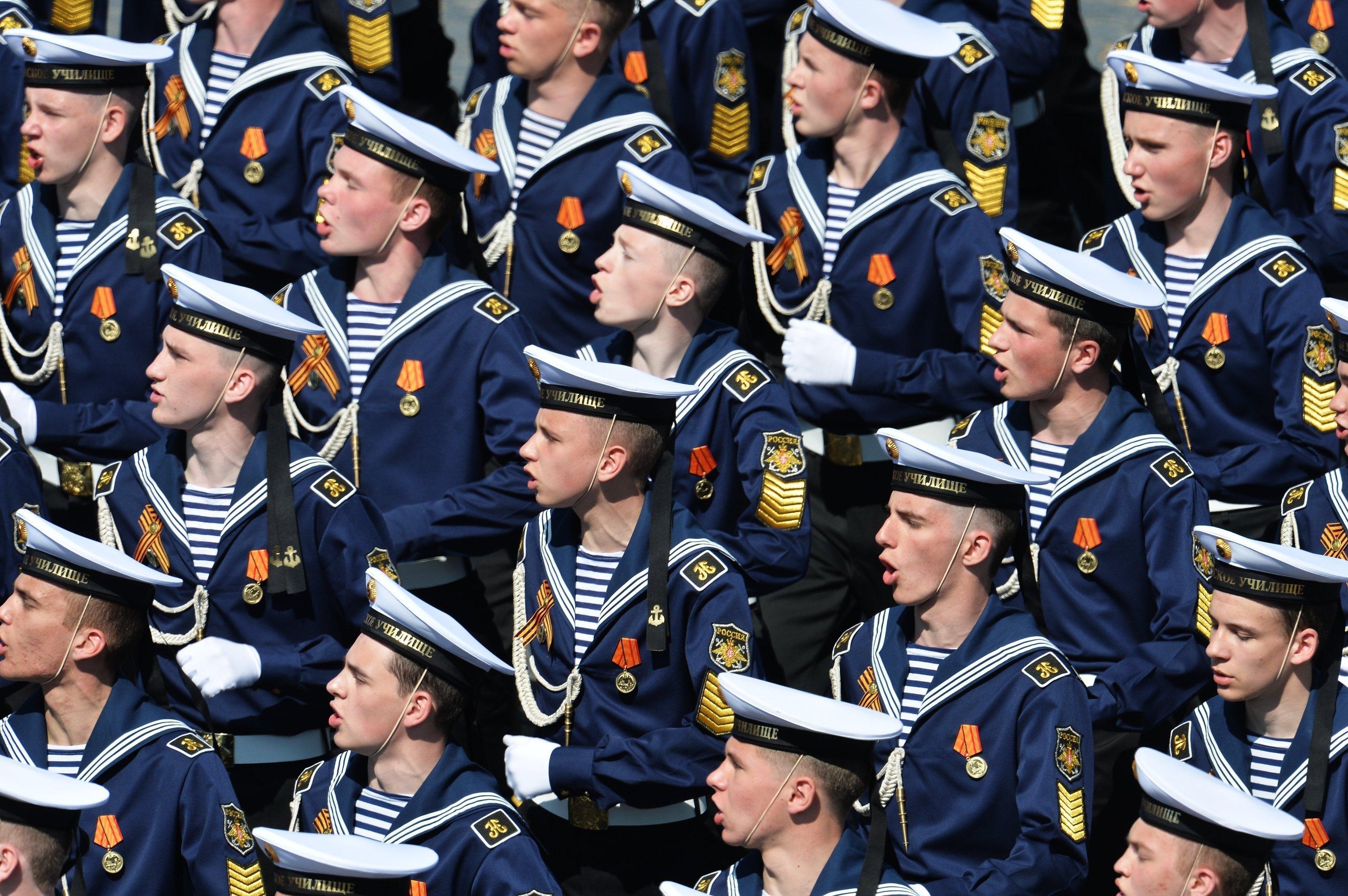 Cadetes de la Escuela Naval Najímov durante el Desfile de la Victoria en la Plaza Roja