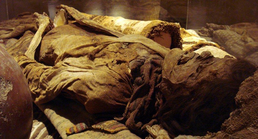 Momia peruana, Museo Brüning. Lambayeque, Perú.