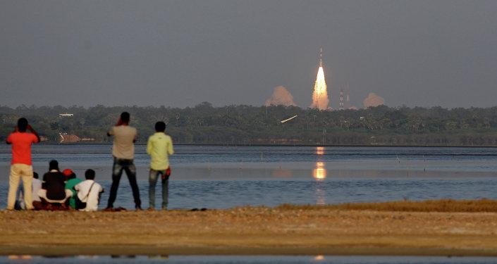 El lanzamiento del satélite de navegación IRNSS (archivo)