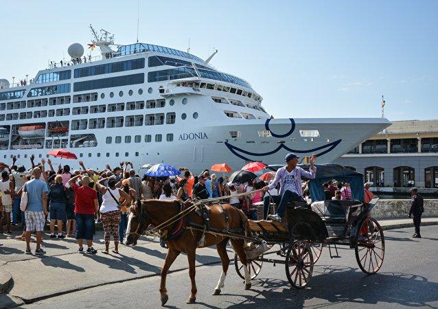 Llegada de crucero a la Habana desde EEUU