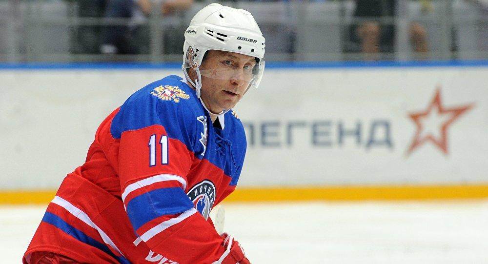 Putin participa en un encuentro de exhibición de hockey hielo en ...