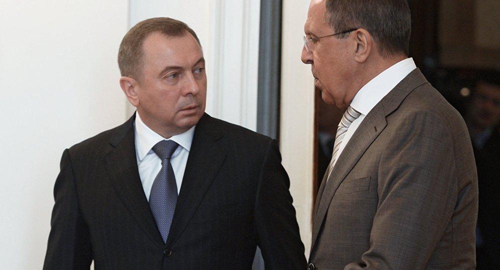 Ministro de Asuntos Exteriores de Bielorrusia, Vladímir Makei y ministro de Asuntos Exteriores de Rusia, Serguéi Lavrov
