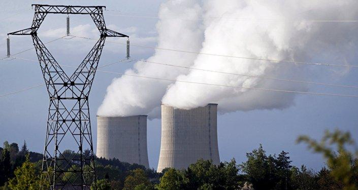 La central nuclear de Golfech en Francia