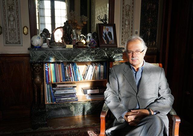Dr. Jorge Menéndez