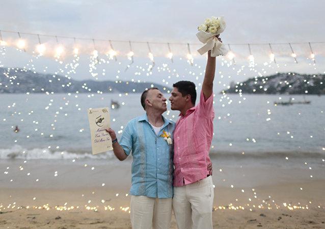 Boda de una pareja gay en Acapulco, México