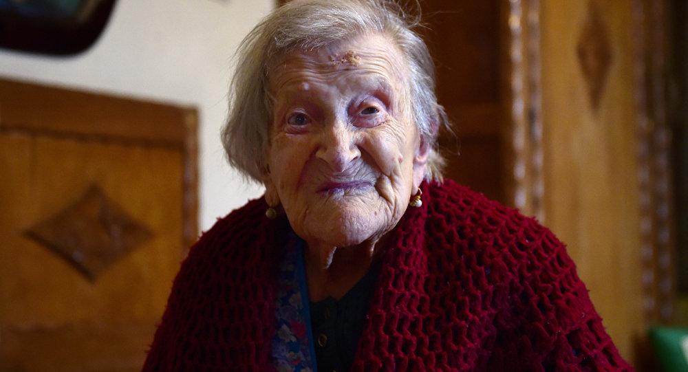 Emma Morano, que cumplirá este año 117 años de edad, nació el 29 de noviembre de 1899