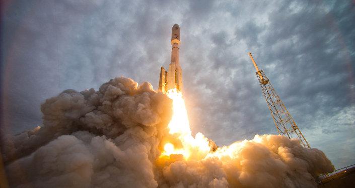Lanzamiento de un cohete portador (archivo)