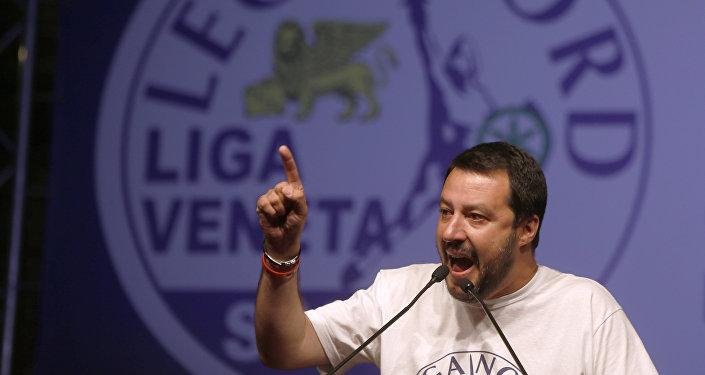 El líder de Liga Norte italiana Matteo Salvini