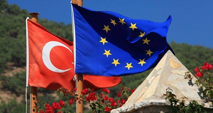 Turquía, cada vez más lejos de la UE