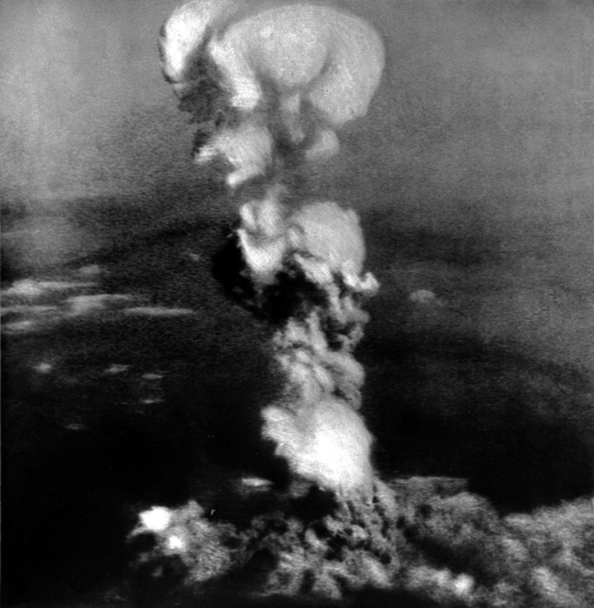 La explosión de la bomba atómica sobre Hiroshima