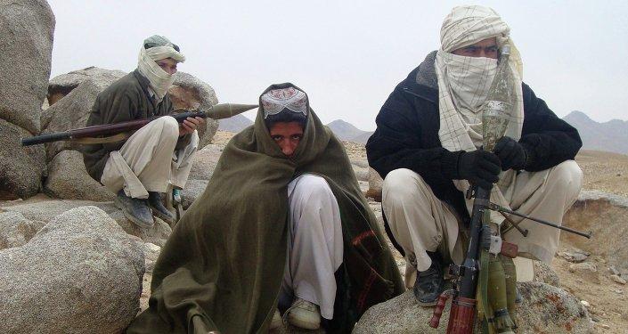 Combatientes de Talibán (archivo)