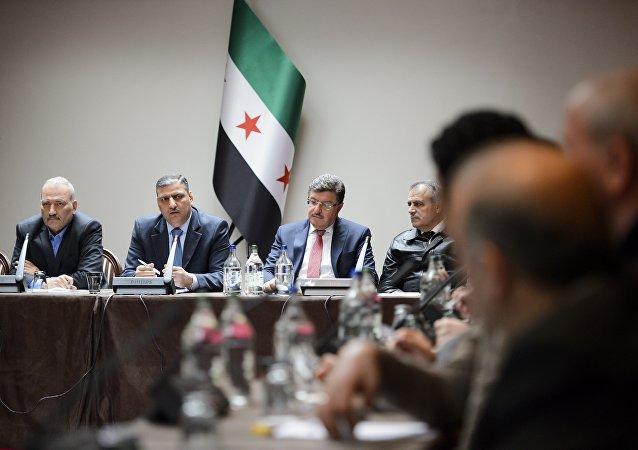 Miembros del ACN durante las consultas intersirias en Ginebra (archivo)