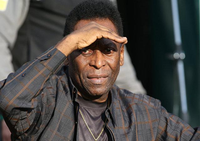 El legendario futbolista Pelé